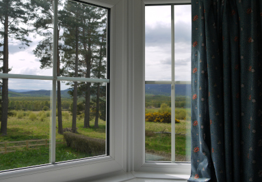 Royal-Deeside-Holiday-Cottages-North-East-Scotland-Clearfield-Family-Cottage-Mobile-Image-4